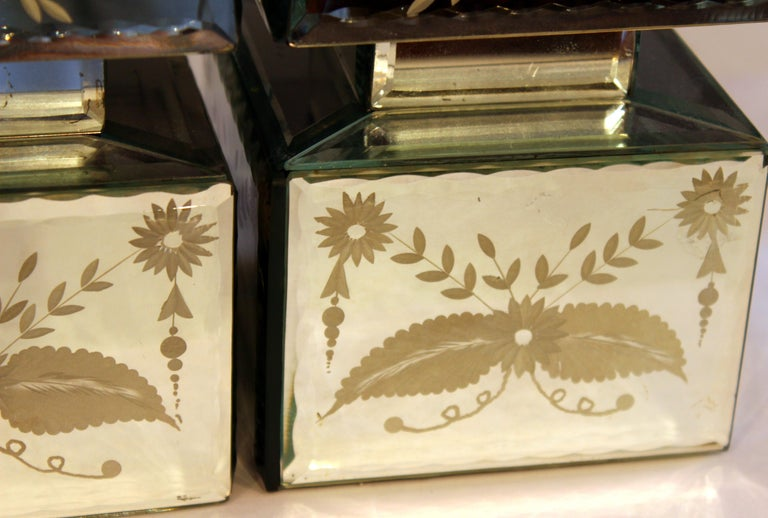 Pair of Vintage Etched Mirrored Obelisks Antique Venetian Style For Sale 4