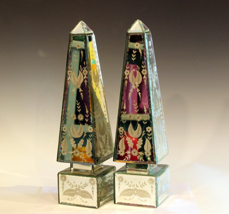 Chinese Pair of Vintage Etched Mirrored Obelisks Antique Venetian Style For Sale