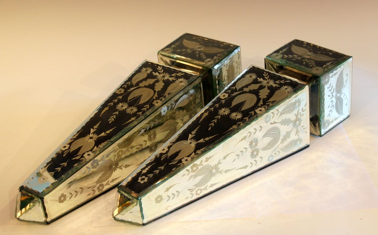 Pair of Vintage Etched Mirrored Obelisks Antique Venetian Style For Sale 1
