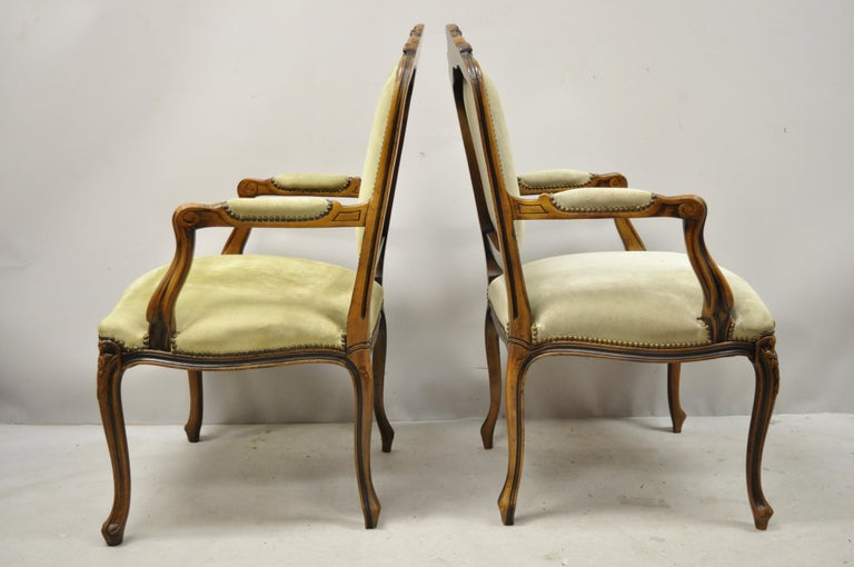 Vintage French Provincial Louis XV Style Italian Armchairs by Chateau D'ax, Pair For Sale 6