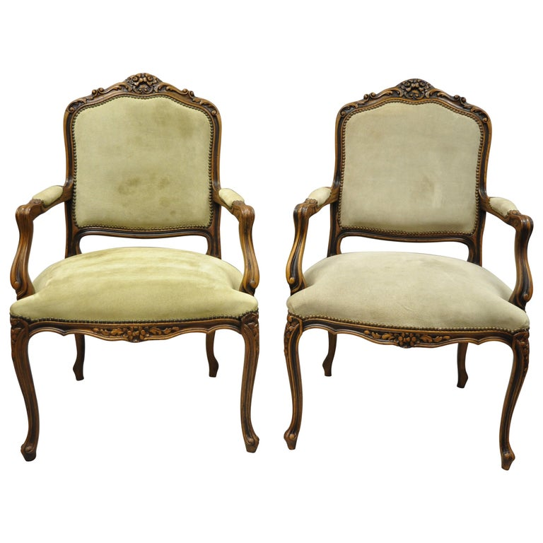Vintage French Provincial Louis XV Style Italian Armchairs by Chateau D'ax, Pair For Sale