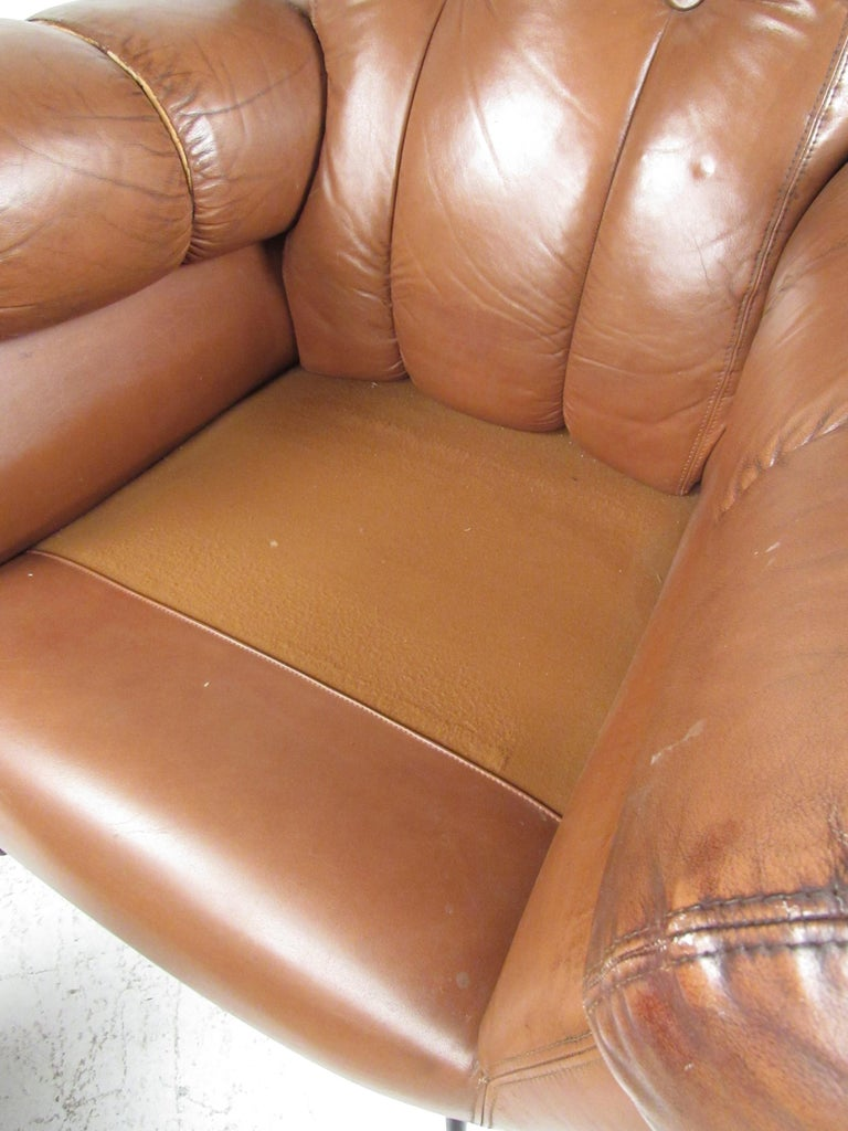 Pair Vintage Leather Club Chairs after Gigi Radice For Sale 7