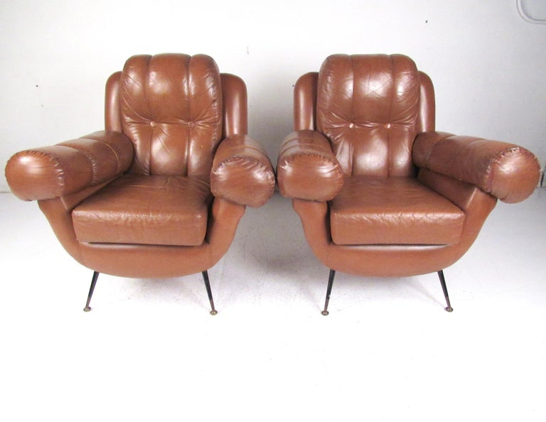 Mid-Century Modern Pair Vintage Leather Club Chairs after Gigi Radice For Sale