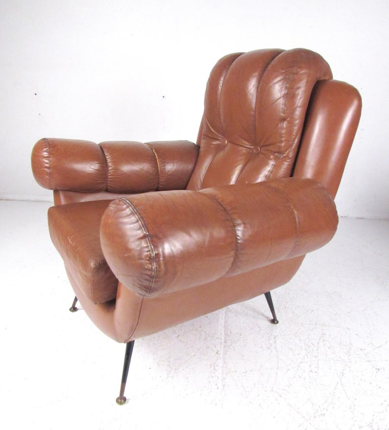 Pair Vintage Leather Club Chairs after Gigi Radice In Good Condition For Sale In Brooklyn, NY