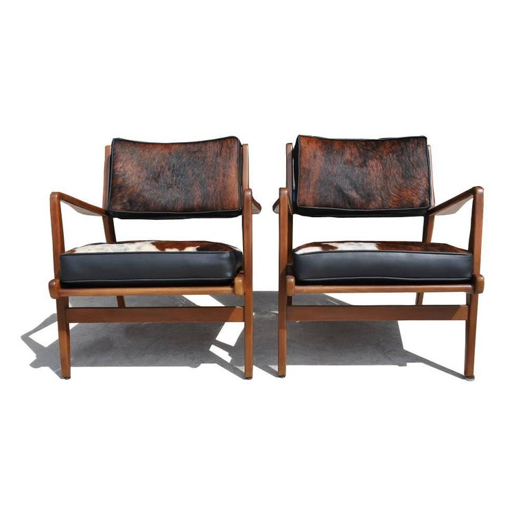 Mid-Century Modern Pair of Vintage Midcentury Restored Jens Risom Lounge Chairs For Sale