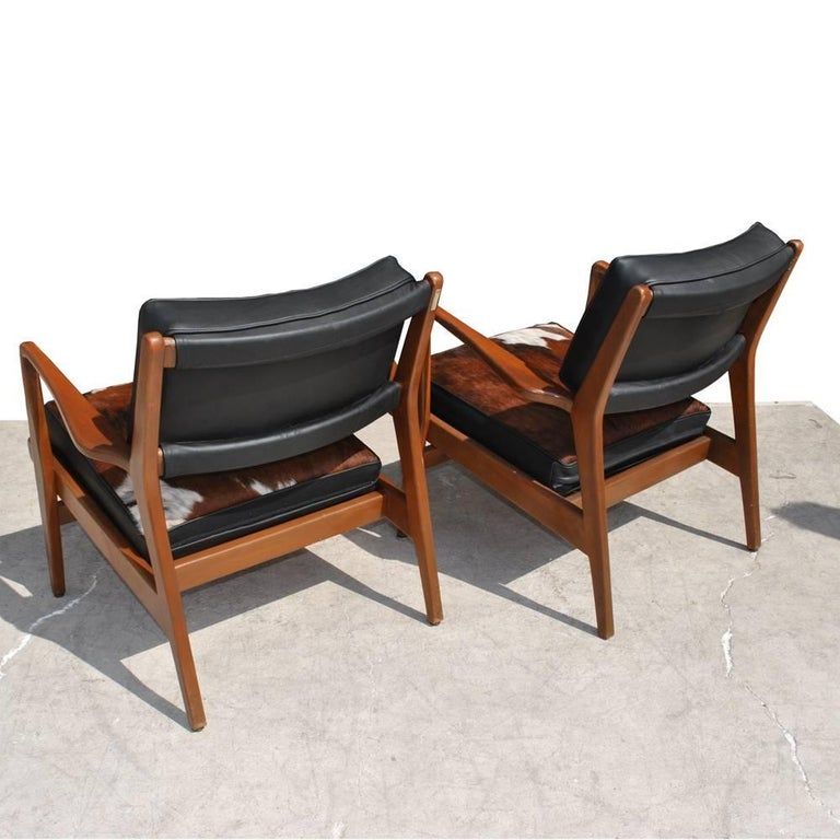 20th Century Pair of Vintage Midcentury Restored Jens Risom Lounge Chairs For Sale