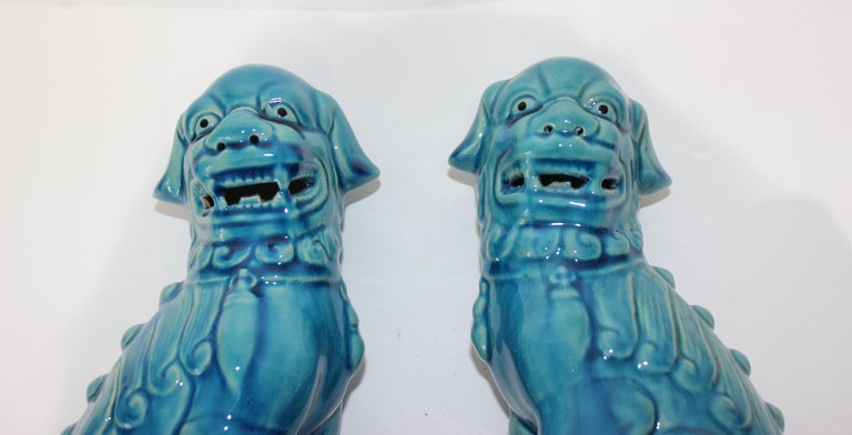 Pair of Vintage Peking Blue Glazed Foo Dogs For Sale 1