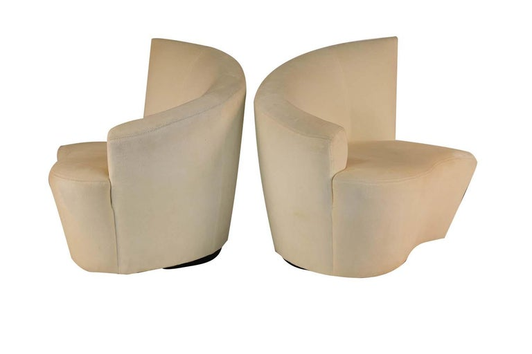 American Pair of Vladimir Kagan Weiman Preview Bilbao Swivel Lounge Chairs For Sale