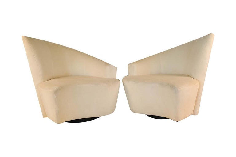 Pair of Vladimir Kagan Weiman Preview Bilbao Swivel Lounge Chairs For Sale 1