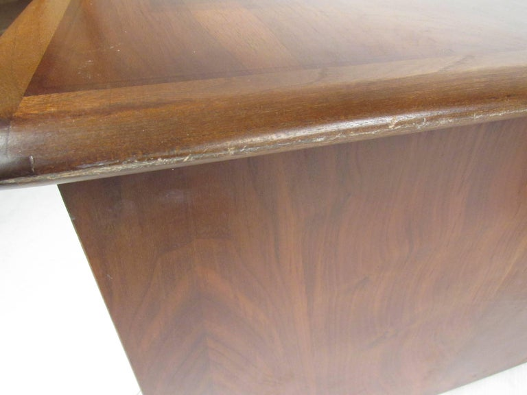 Pair of Warren Church End Table Cabinets for Lane For Sale 10