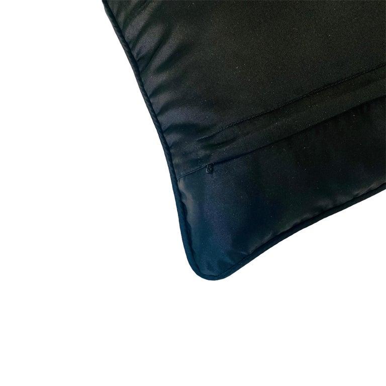 Contemporary Pair White Criss Cross Black Silk Duchesse Satin Throw Pillows For Sale