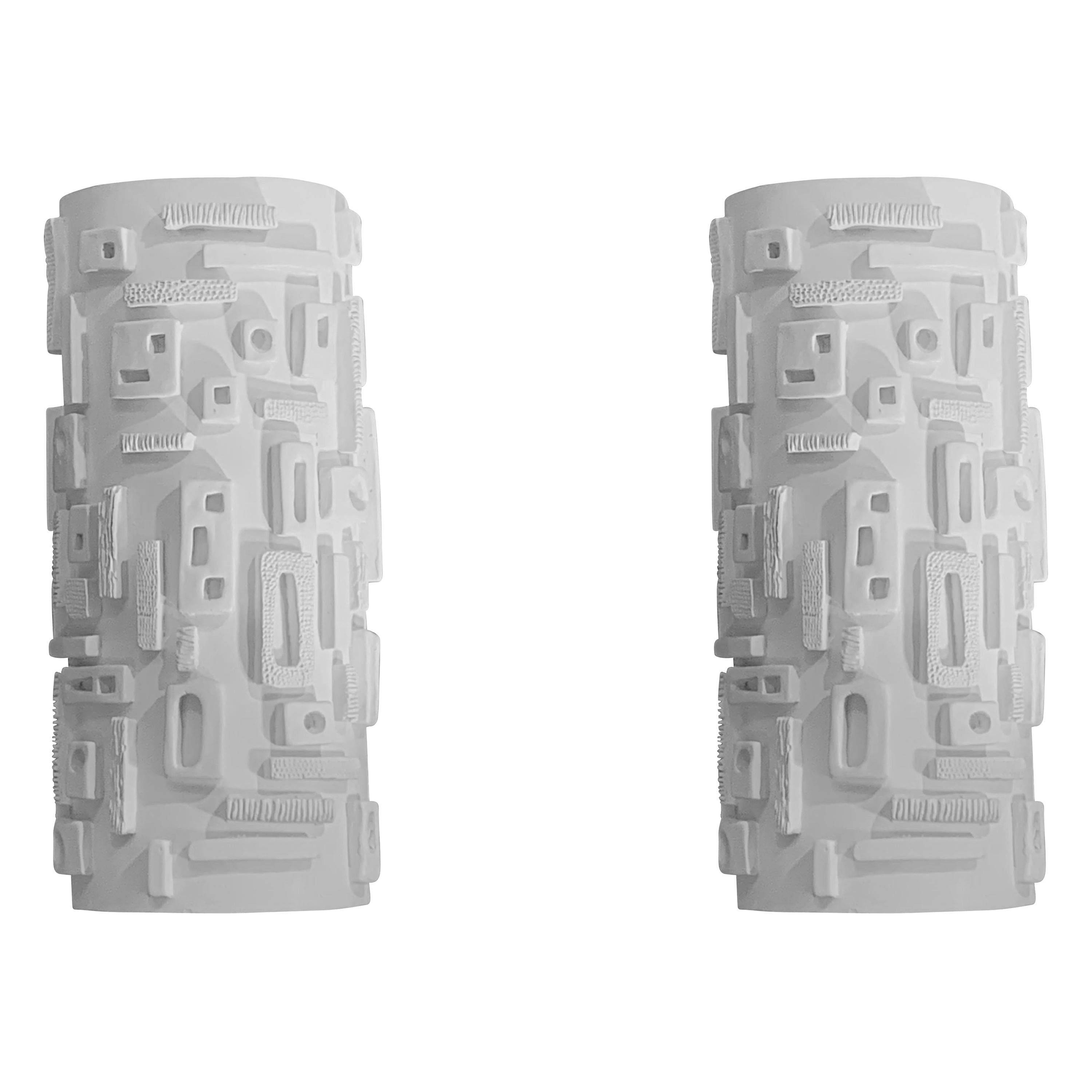 White Hand Carved Pair of Plaster Sconces, France, Contemporary