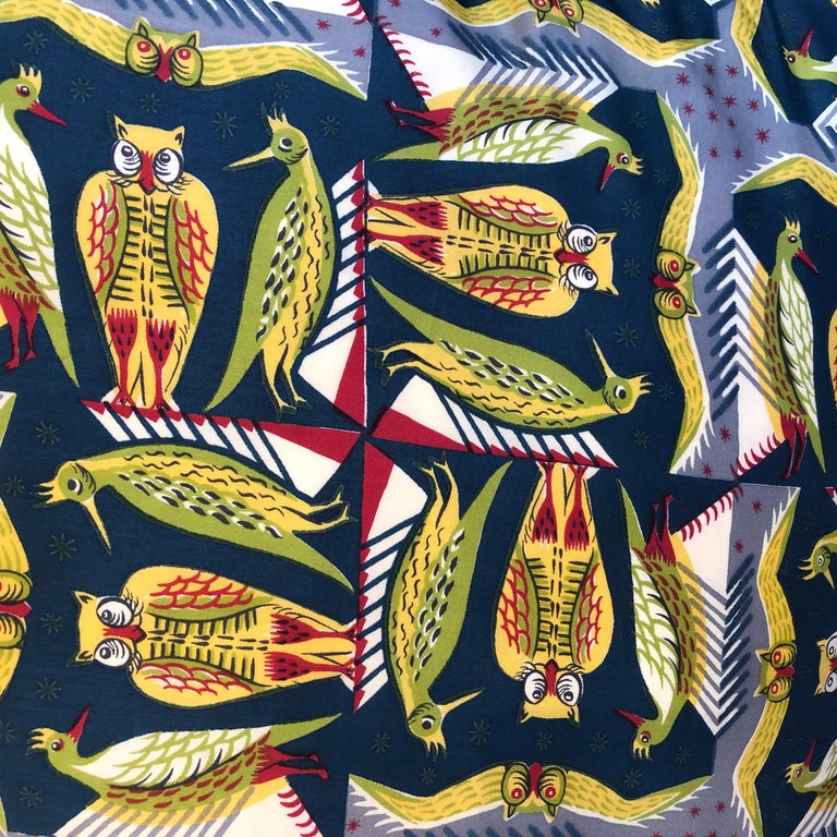 English Paire of Cushions, Owls and Birds Pattern Silk Liberty & Co, London, 1950s For Sale