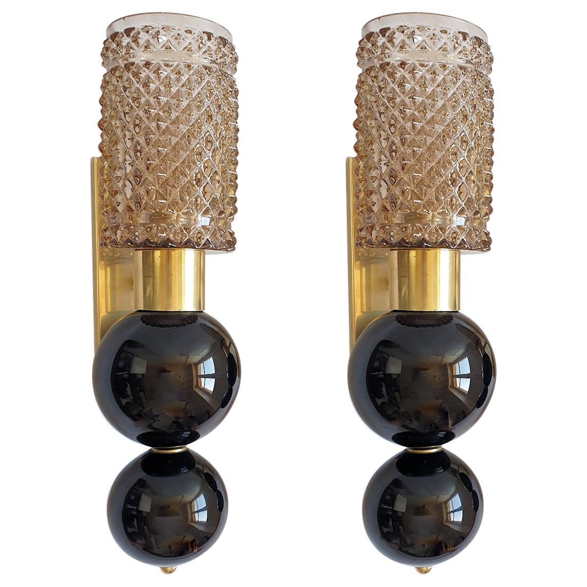 Pairs of Beige & Black Murano Glass Mid Century Sconces Venini Style Italy 1970s