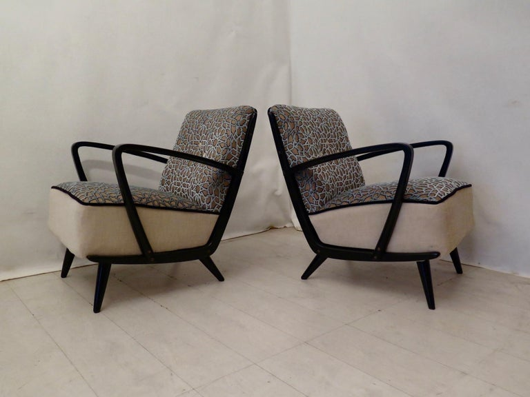 Pairs of Midcentury Combined Velvet and Beech Wood Italian Armchairs, 1950 For Sale 7