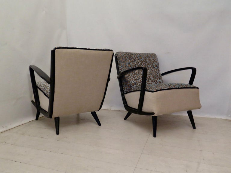 Pairs of Midcentury Combined Velvet and Beech Wood Italian Armchairs, 1950 In Excellent Condition For Sale In Rome, IT