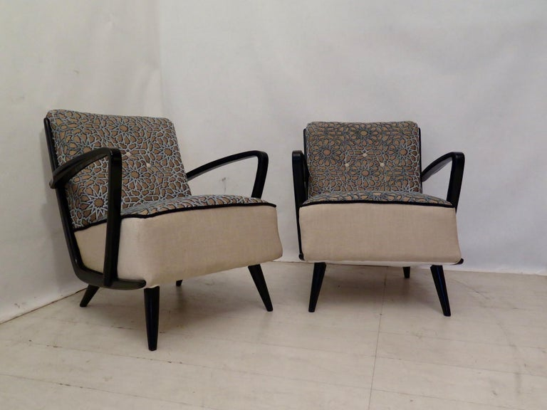 Pairs of Midcentury Combined Velvet and Beech Wood Italian Armchairs, 1950 For Sale 2