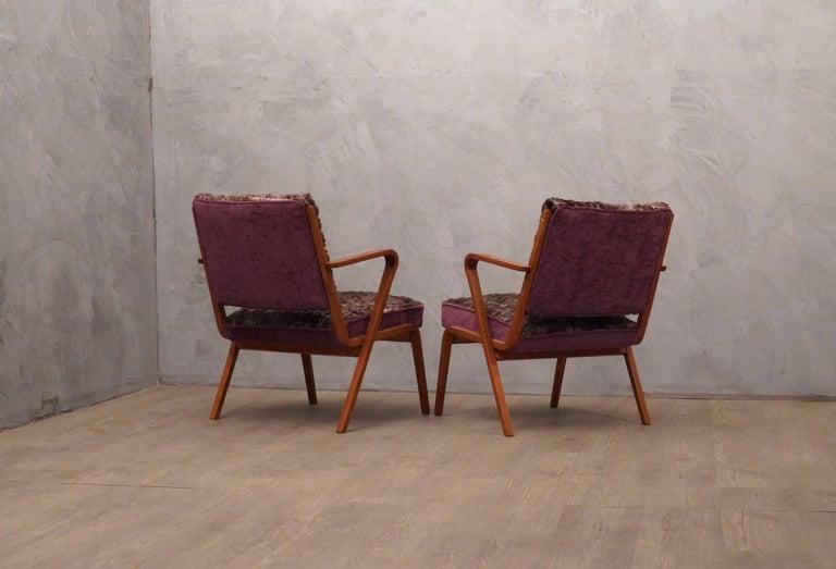 Pairs of Midcentury Violet Velvet Italian Armchairs, 1950 For Sale 1