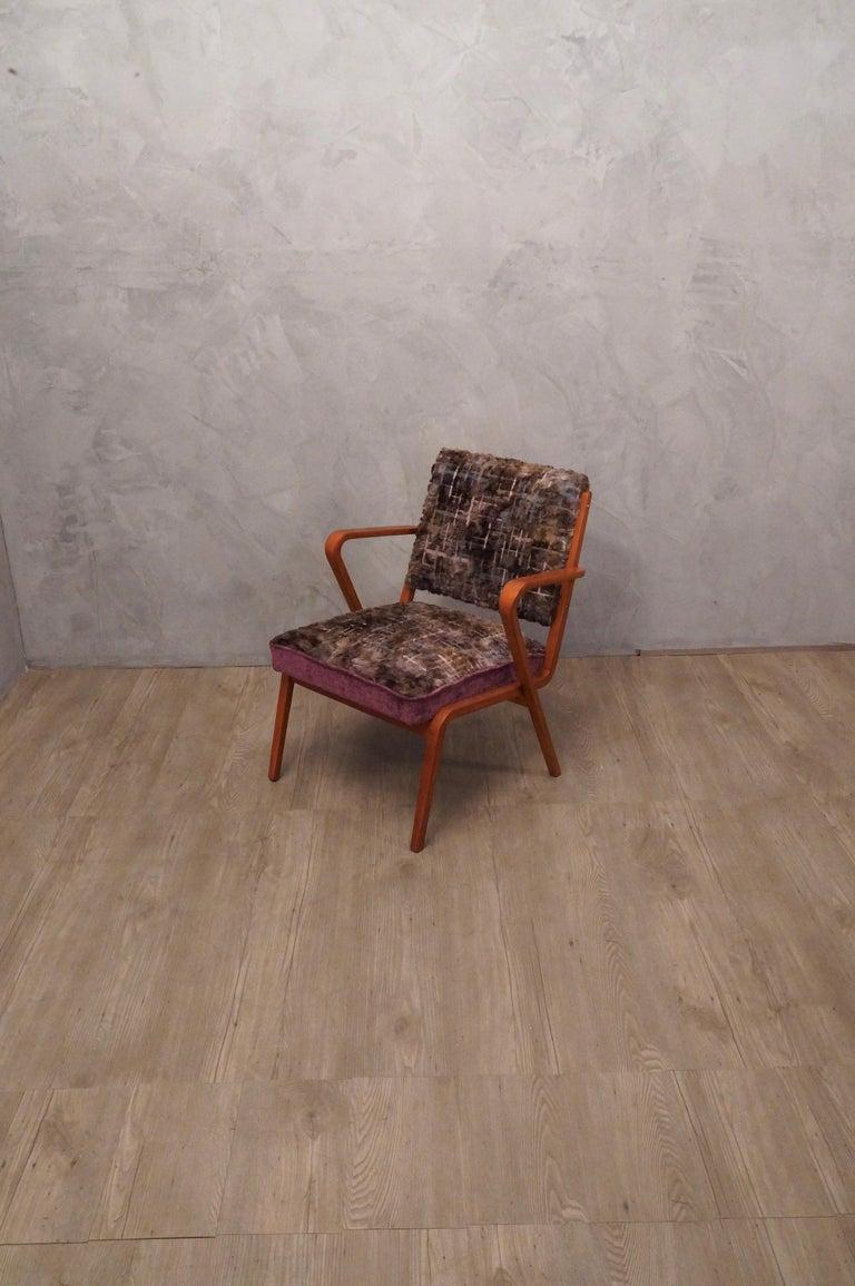 Pairs of Midcentury Violet Velvet Italian Armchairs, 1950 For Sale 2