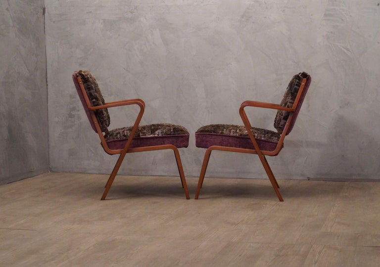 Pairs of Midcentury Violet Velvet Italian Armchairs, 1950 For Sale 3