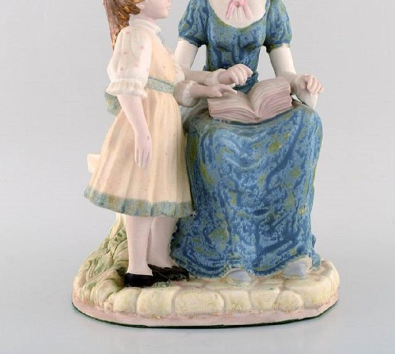 Spanish PAL, Spain, Large Sculpture in Glazed Ceramics, Mother with Daughter, 1980s For Sale