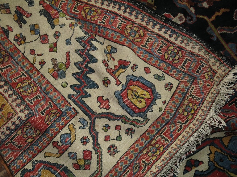 Palace Size Antique Senneh Bakhtiari Rug In Good Condition For Sale In New York, NY