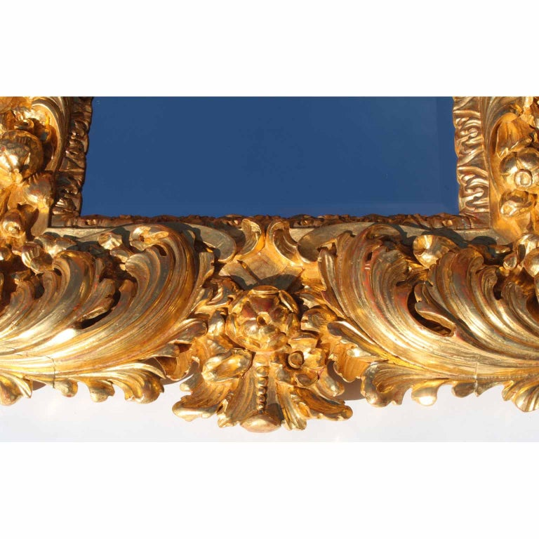 Palatial Italian 19th Century Baroque Style Giltwood Carved Florentine Mirror For Sale 2