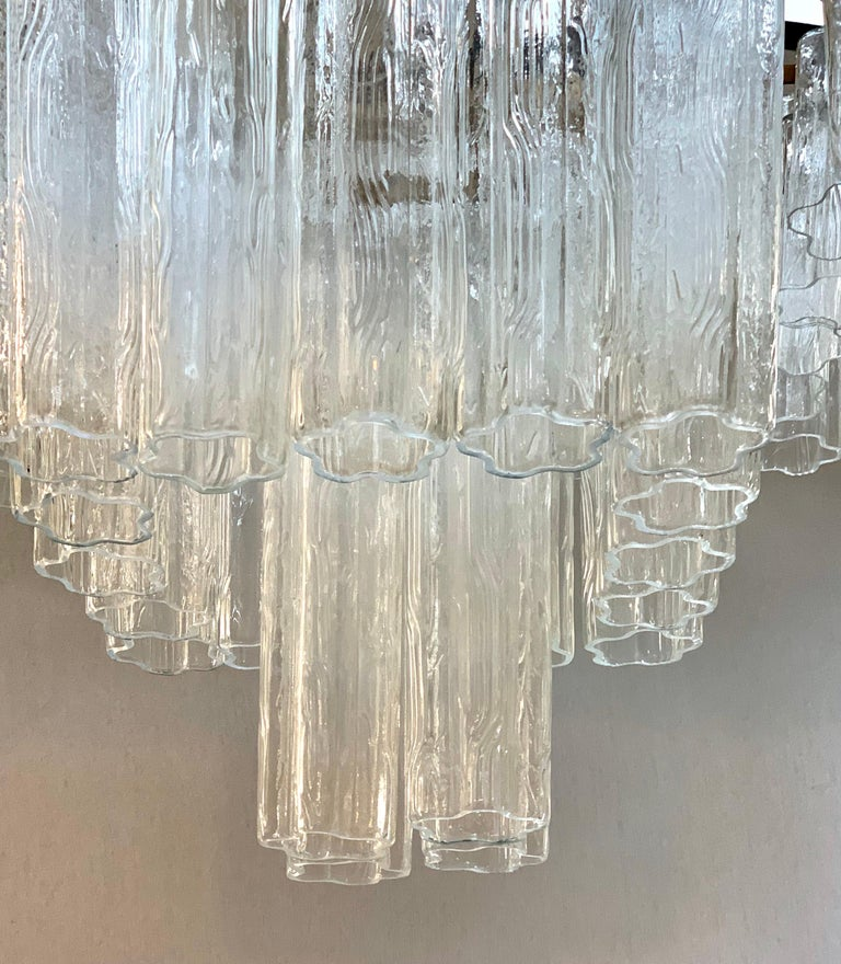 Palatial Mid-Century Modern Murano Camer Tubular Glass Square Chandelier XL In Good Condition For Sale In West Hartford, CT
