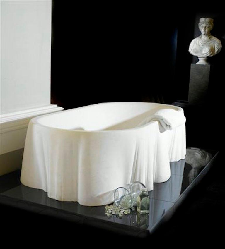 Modern Palladio Bath Tub in Pietra Vicenza Marble by Kreoo For Sale