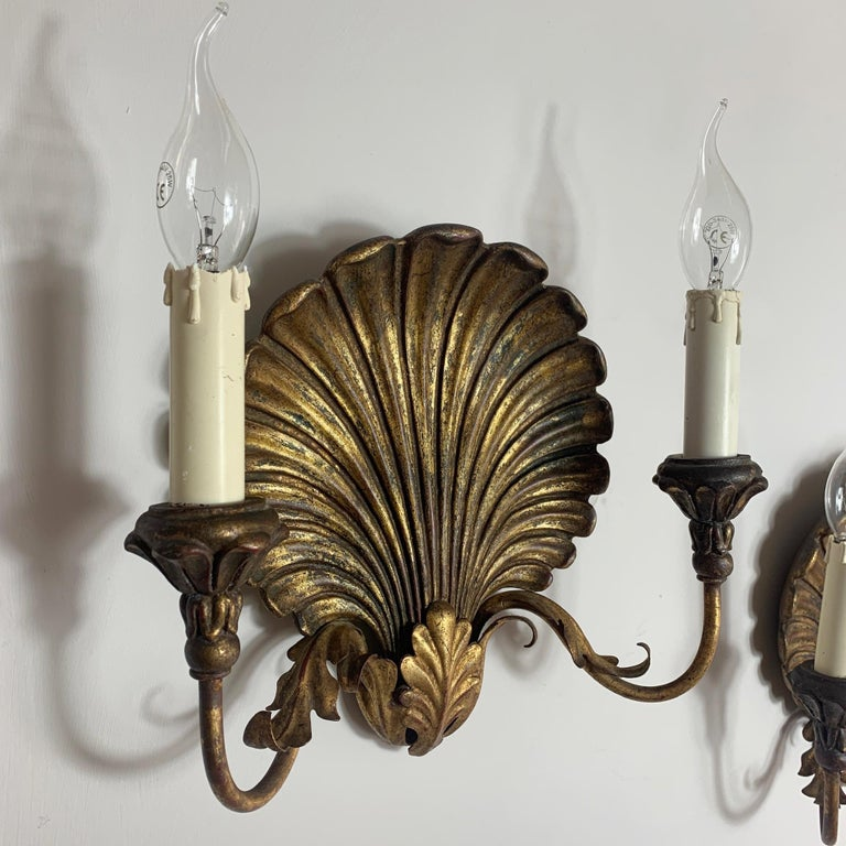 Palladio Italian Gilt Shell Wall Lights, 1970s In Good Condition For Sale In Hastings, GB