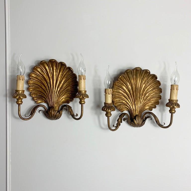 Palladio Italian Gilt Wooden Shell Wall Lights, 1950s For Sale 2