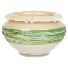 Palme König Art Nouveau Green Trailed Thread Design Iridescent Glass Bowl