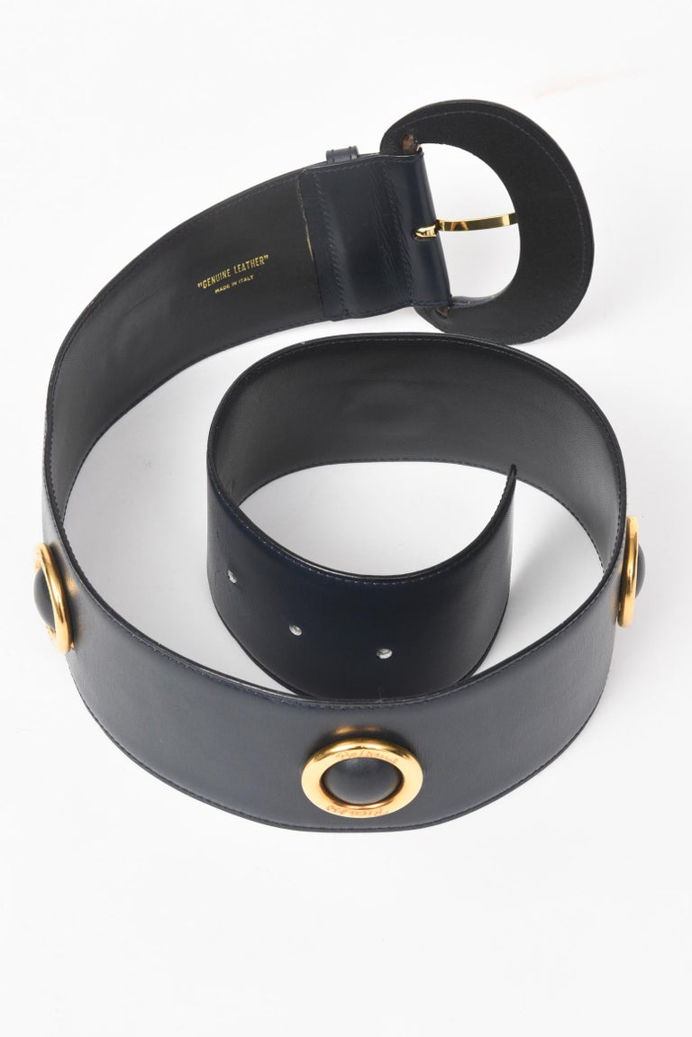 Women's or Men's Paloma Picasso 1980s Navy and Gold Belt For Sale