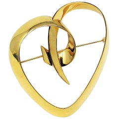 Paloma Picasso for Tiffany & Co. Large Heart Brooch Pin in 18 Karat Yellow Gold