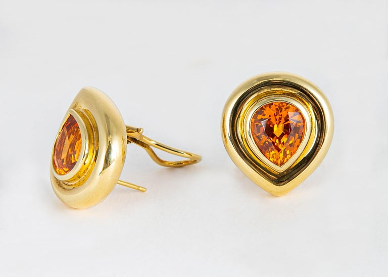 Rare and collectable for the jewelry connoisseur. Spessartite garnets often called Mandarin garnets are prized for there vivid orange color. Very little in the way of new material has been found recently. Paloma Picasso framed this exceptional