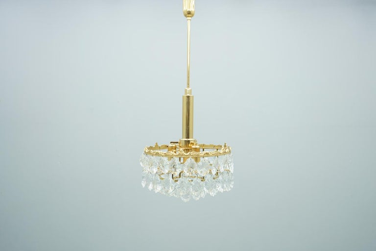 Palwa Crystal Glass and Brass Chandelier, 1960s For Sale 1