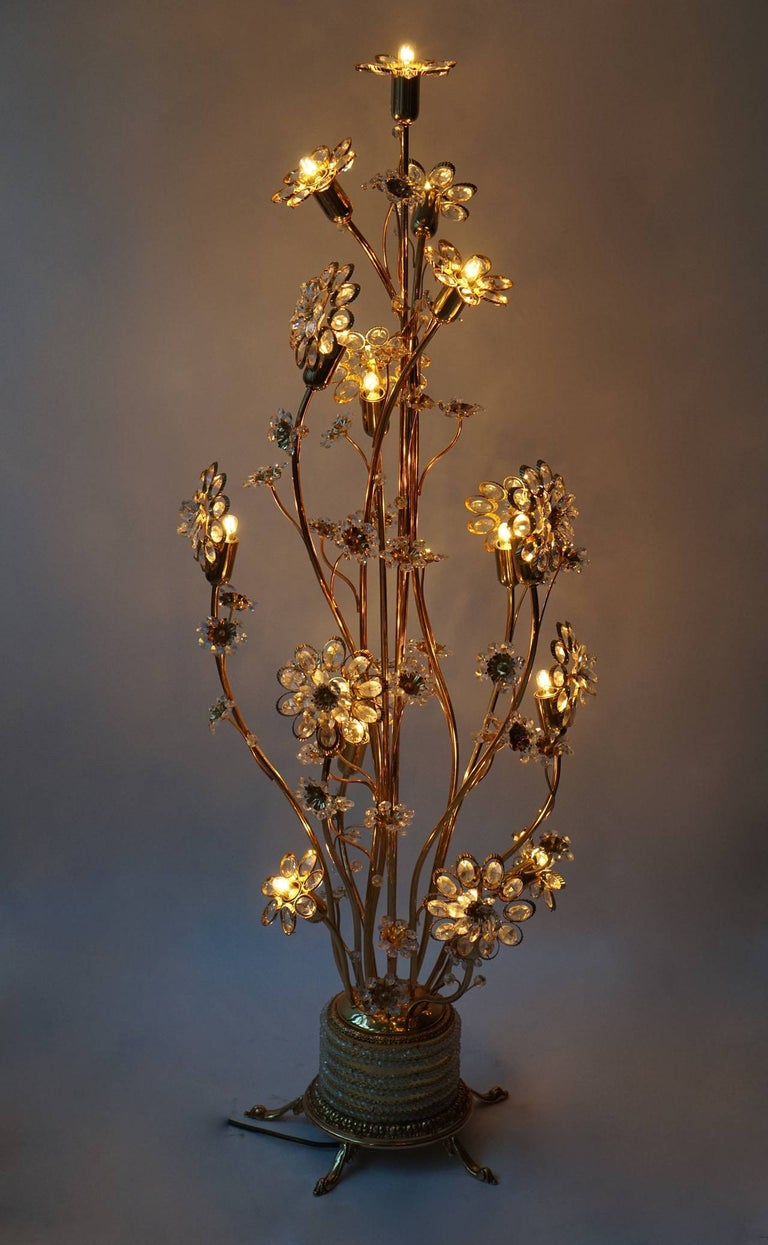 Palwa Gilded Brass and Glass Flower Floor Lamp  In Good Condition For Sale In Antwerp, BE