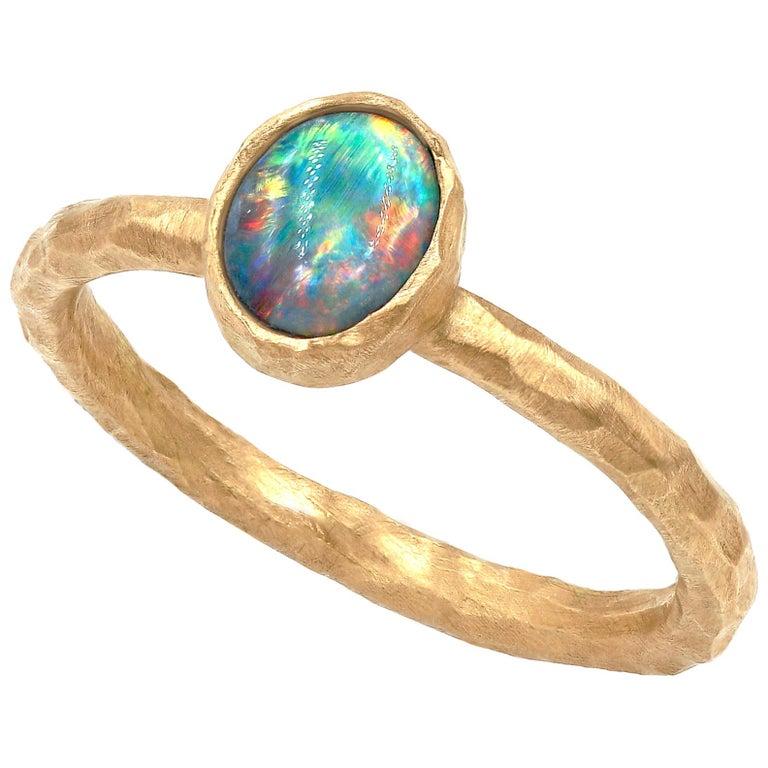 Pamela Froman Gem Lightning Ridge Black Opal Hammered Gold Solitaire Ring For Sale