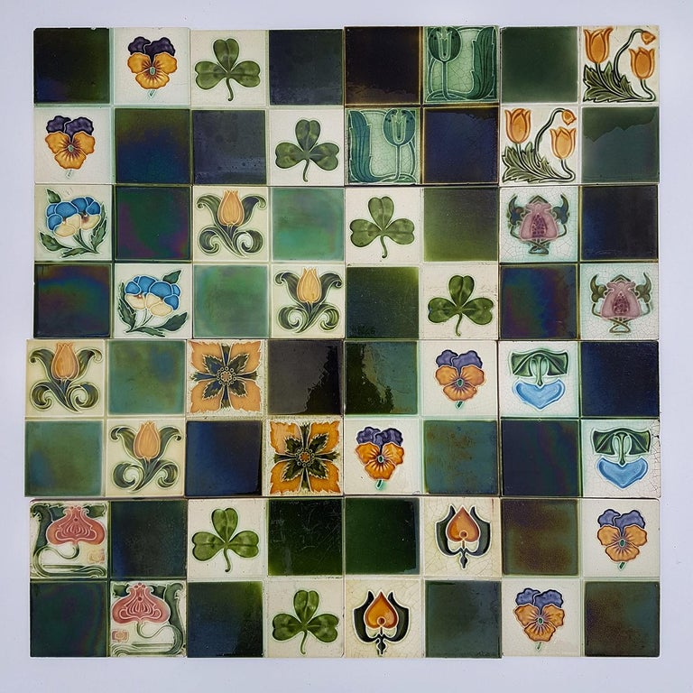 Panel of 16 Authentic Glazed Art Deco Relief Tiles, circa 1930s In Good Condition For Sale In Rijssen, NL