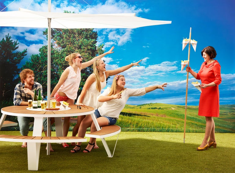 Aluminum Pantagruel Picnic Table with Inumbra Parasol Design by Extremis For Sale