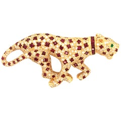 Pantherbrooch with Rubies and Diamonds in Yellow Gold 750