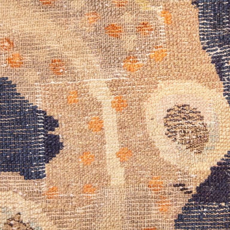 Pao Tou Crane Chinese Export Hand Knotted Wool Antique Rug, Early 20th Century For Sale 10