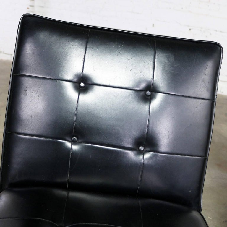 Paoli Chair Co. Black Naugahyde Chrome MCM Slipper Chairs Style Florence Knoll For Sale 7