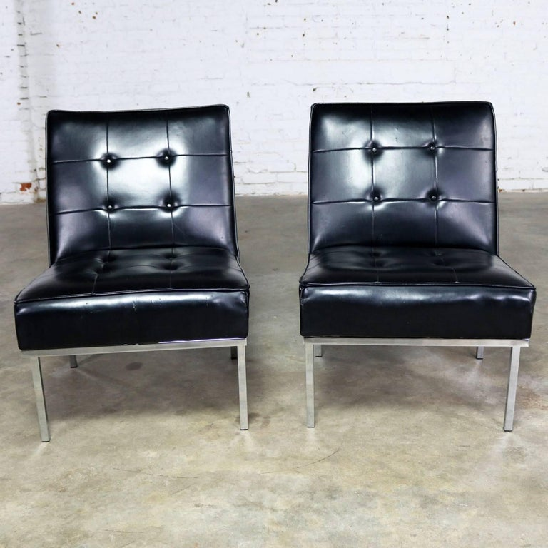 Mid-Century Modern Paoli Chair Co. Black Naugahyde Chrome MCM Slipper Chairs Style Florence Knoll For Sale