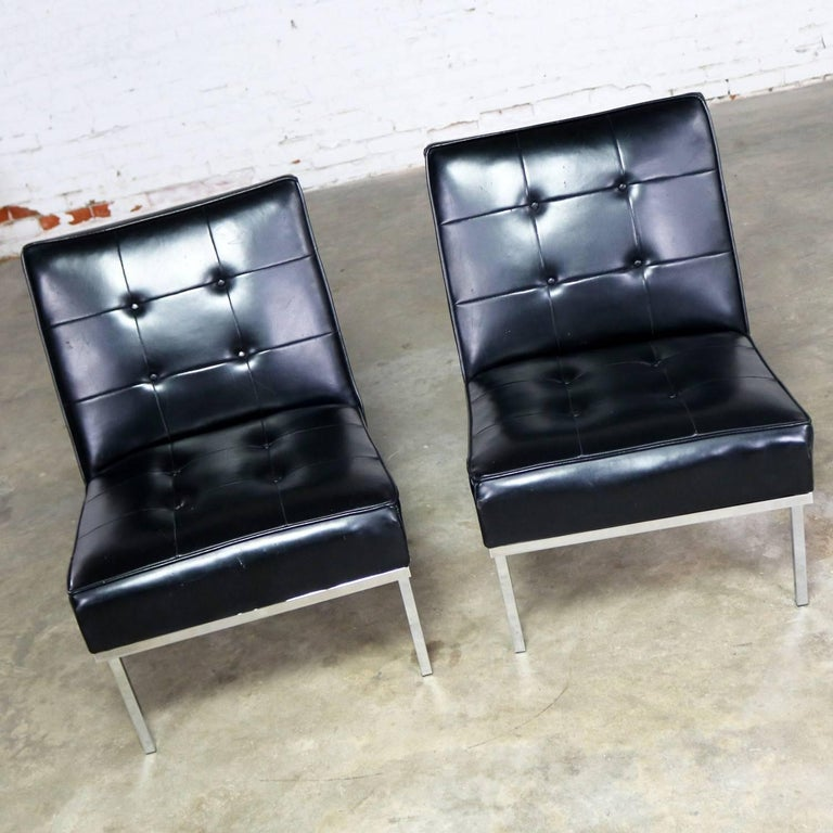 American Paoli Chair Co. Black Naugahyde Chrome MCM Slipper Chairs Style Florence Knoll For Sale