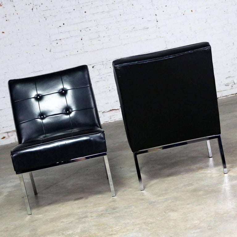 Paoli Chair Co. Black Naugahyde Chrome MCM Slipper Chairs Style Florence Knoll For Sale 2