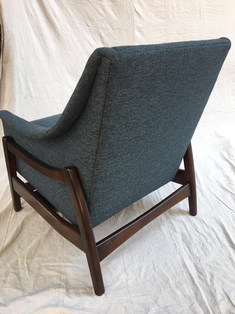Paoli Upholstered Rocking Lounge Chair For Sale 1