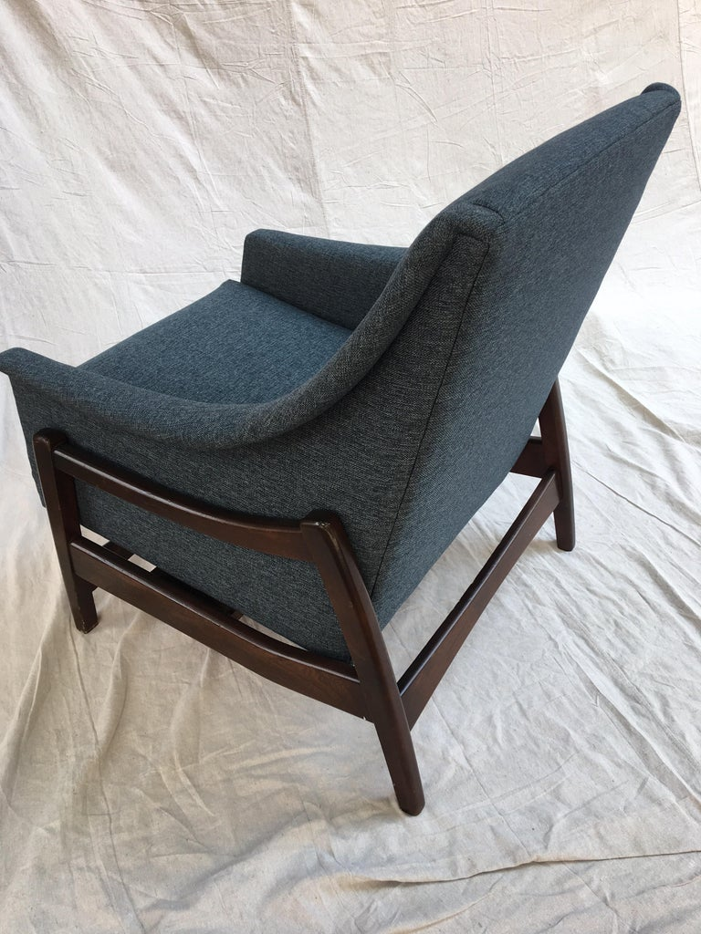 Paoli Upholstered Rocking Lounge Chair For Sale 2