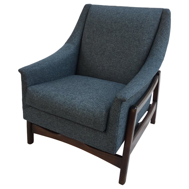 Paoli Upholstered Rocking Lounge Chair For Sale