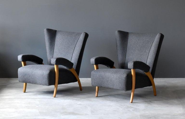Organic Modern Paolo Buffa 'Attribution' Organic Lounge Chairs, Fabric, Light Oak, Italy, 1940s For Sale